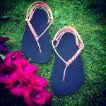 NA MÍRU: základní černé sandále huarache Nanahu